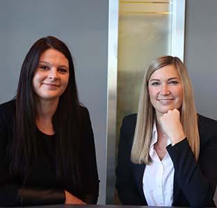 Andrea Klinger und Nina Benda